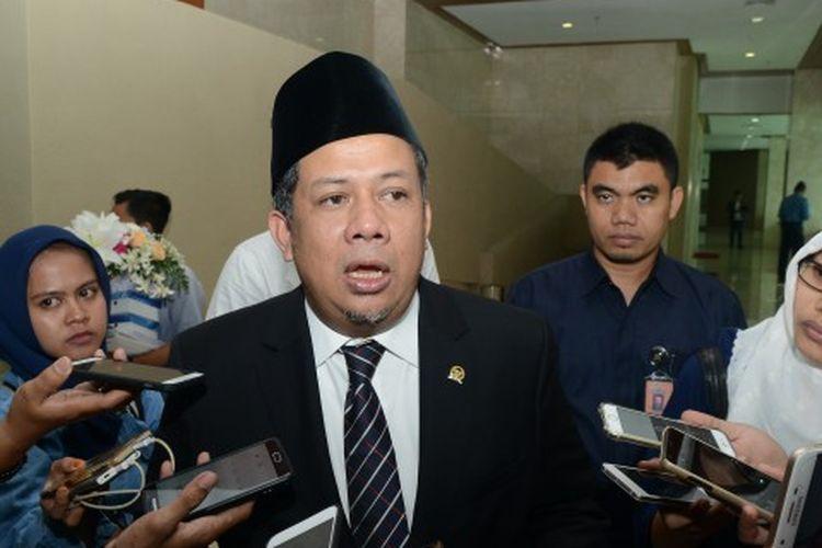 Wakil Ketua Dewan Perwakilan Rakyat (DPR) RI Fahri Hamzah mengimbau agar PLN secara jujur menjelaskan penyebab pemadaman listrik massal  yang terjadi di wilayah Jabodetabek, Banten, sebagian Jawa Barat, dan sebagian Jawa Tengah, Minggu (4/8/2019).