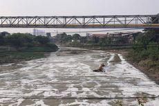 Antisipasi Banjir, Wali Kota Ingatkan Anak Buah agar Tak Telat Buka Bendungan Kali Bekasi