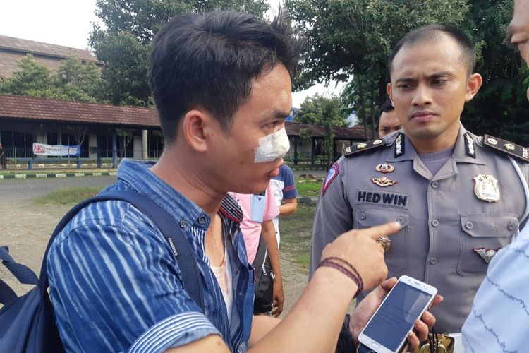 Salah seorang wartawan menjadi korban pengeroyokan oknum calo di dekat Kantor Satpas SIM Daan Mogot, Jakarta Barat, Rabu (29/1/2020)