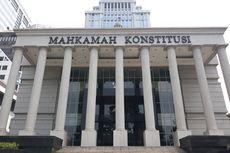 Presiden Jokowi Didesak Tolak Pembahasan Revisi UU MK
