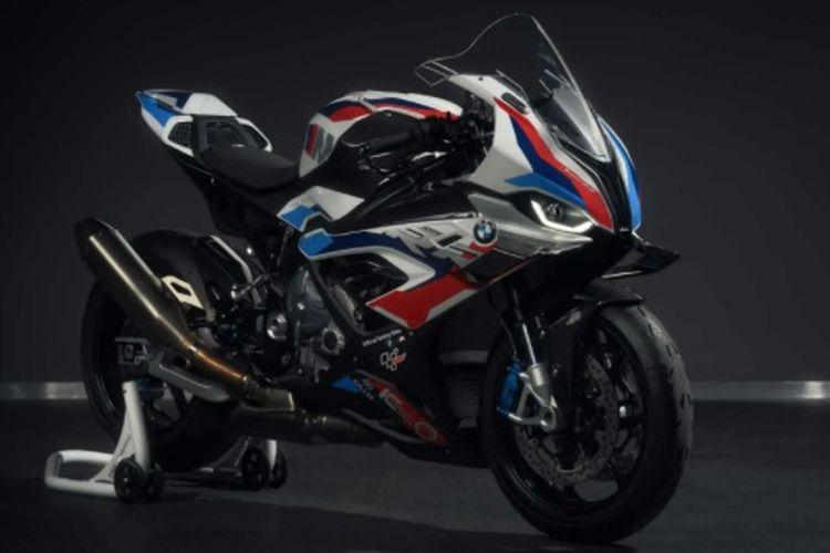 BMW M 1000 RR safety bike MotoGP 2021