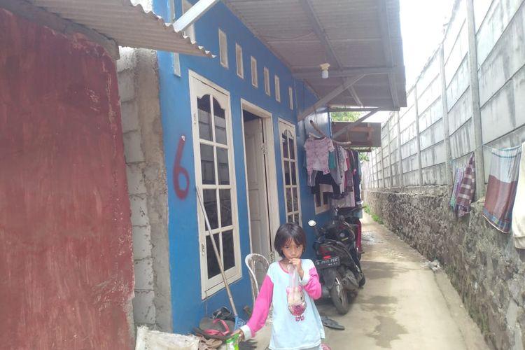 Salah satu rumah warga bantaran kali Rawa Rengas yang akan dibongkar sendiri  (dok Pemkot Jakarta Timur)