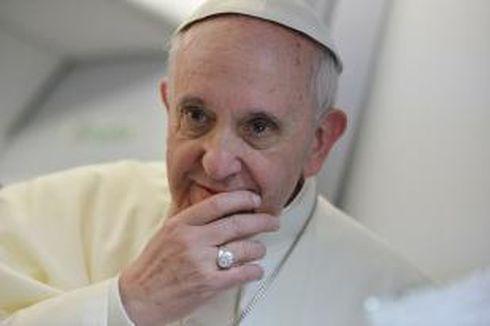 Paus Fransiskus: Jangan Marjinalkan Kelompok Gay