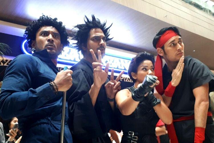 Para pemain 5 Cowok Jagoan, Ario Bayu, Muhadkly Acho, Nirina Zubir dan Arifin Putra di Mall Kasablanka, Tebet, Jakarta Selatan, Minggu (19/11/2017).