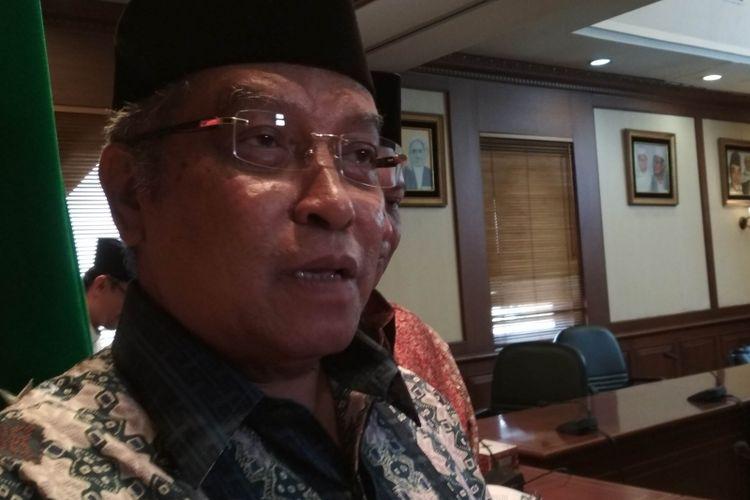 Ketua Umum Pengurus Besar Nahdhatul Ulama (PBNU), KH Said Aqil Siroj, usai memberikan keterangan pers terkait aksi bom bunuh diri di Kampung Melayu. Keterangan pers disampaikan di Kantor PBNU, Jakarta, Kamis (25/6/2017).