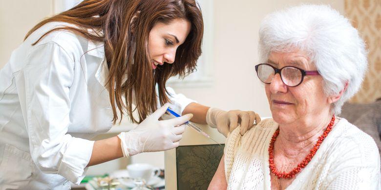 Ilustrasi vaksinasi lansia, vaksin untuk lansia