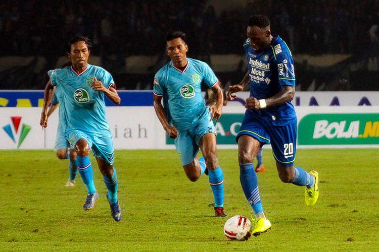 Penyerang Persib Bandung, Geoffrey Castillion.