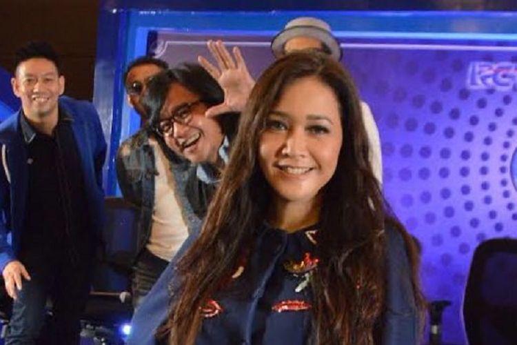 Maia Estianty diumumkan menjadi juri Indonesian Idol 2017 atau musim kesembilan di MNC Tower I, Kebon Jeruk, Jakarta Barat, Senin (9/10/2017).