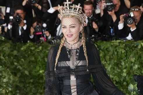 Madonna Tulis dan Sutradarai Sendiri Film Biopiknya, Banyak Hal Baru Diungkap