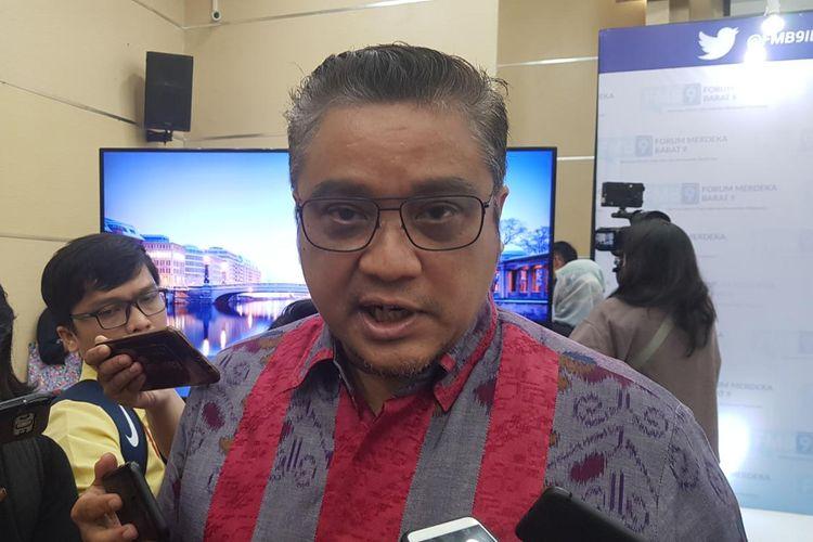 Ketua Komisi IX DPR Dede Yusuf usai acara Forum Merdeka Barat 9 di Kantor Kemenkominfo, Jakarta Pusat, Senin (16/9/2019).