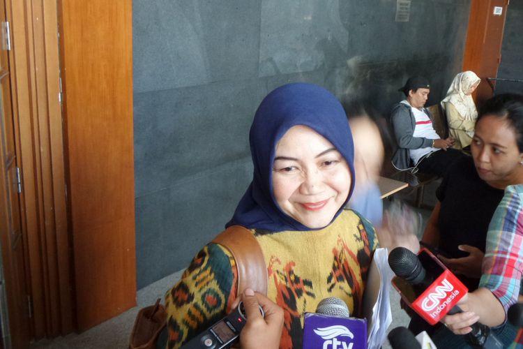 Ahli psikologi forensik Reni Kusumowardhani memberikan keterangan di Pengadilan Tipikor Jakarta, Senin (18/9/2017).
