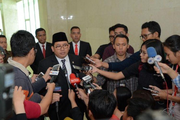 Wakil Ketua DPR RI Fadli Zon saat dimintai keterangan tentang pemadaman listrik massal yang terjadi di Jabodetabek, Jawa Barat dan Banten di Gedung DPR RI, Senayan, Jakarta, Senin (5/8/2019).