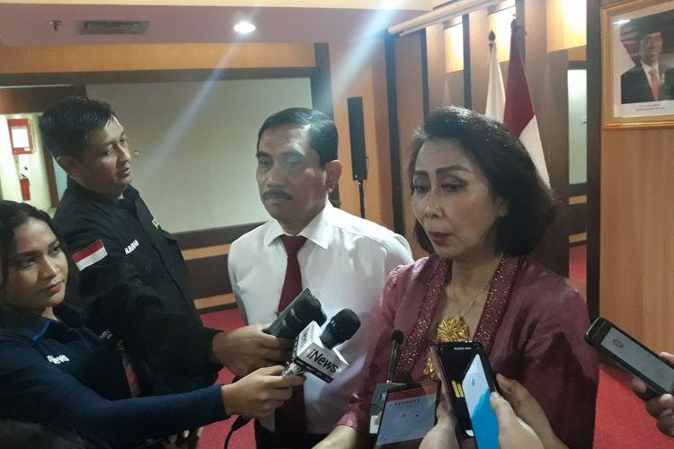 Ketua Tim Pansel Yenti Ganarsih dan Kepala BNPT Suhardi Alius di kantor BNPT, Jakarta Pusat.