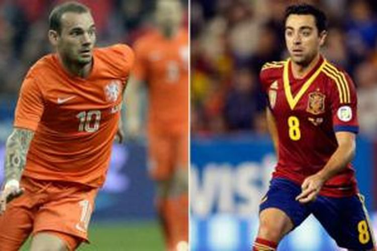 Pemain tengah Belanda Sneijder dan gelandang Spanyol Xavi.