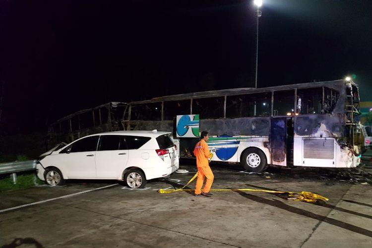 Kecelakaan beruntun di Gerbang Tol (GT) Kalikangkung KM 414 Jalan Tol Batang-Semarang yang terjadi pada Sabtu (28/12/2019) disebabkan rem blong.