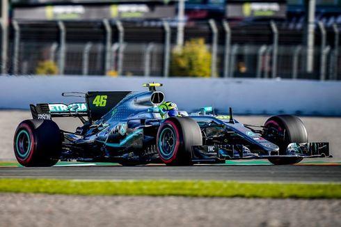 Valentino Rossi Ketagihan Jajal Mobil Balap F1 Hamilton