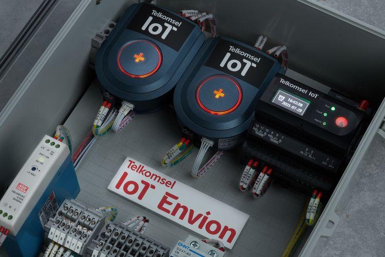 Solusi manajemen energi berbasis AI, IoT Envion dari Telkomsel.