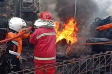 Kebakaran Garasi di Madiun, 2 Bus dan 1 Pikap Hangus Dilalap Si Jago Merah