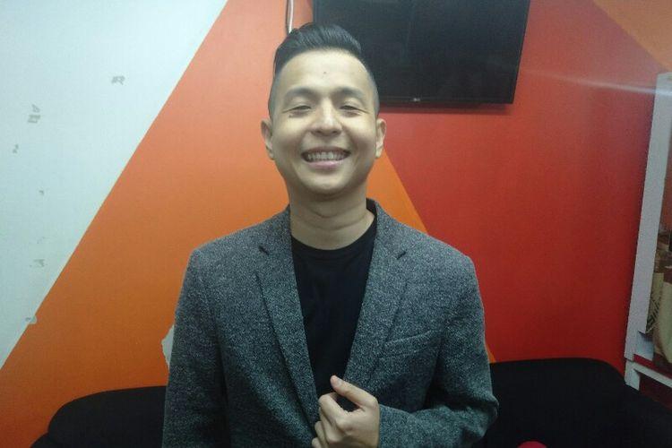 Komika Ernest Prakasa saat ditemui usai tampil di salah satu acara stasiun televisi swasta di kawasan Mampang, Jakarta Selatan, Rabu (28/11/2018).