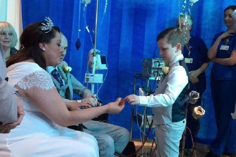 Sarah Cousins memutuskan untuk menikah tunangannya yang sedang kritis dan menunggu proses transplantasi jantung.