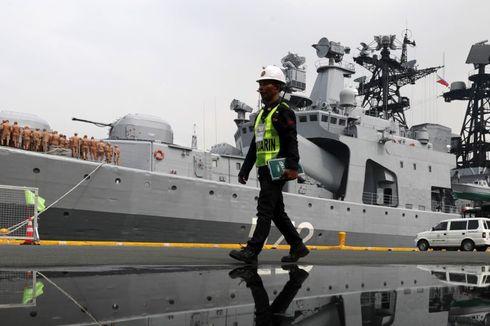 Hampir Tabrakan, Rusia Tuduh Kapal Perang AS Lakukan