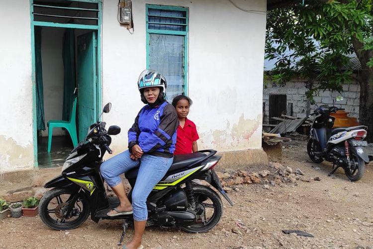 Anaci Biaf Janda yang Jadi Ojek Daring