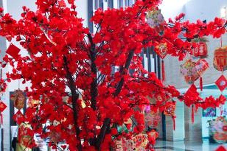 Pohon angpao di Aston Bogor Hotel & Resort