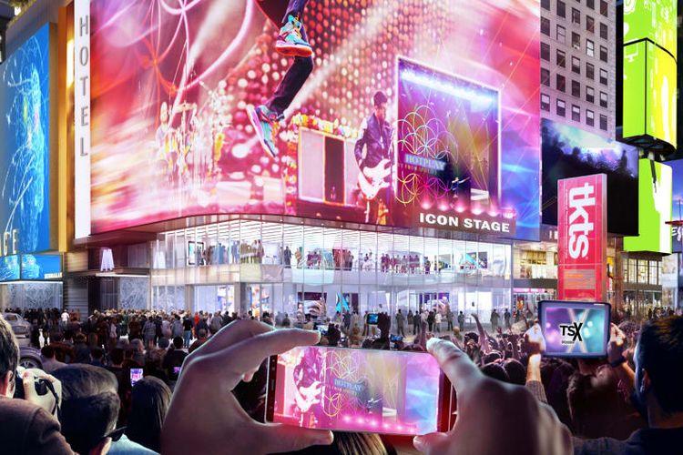 Panggung terbuka dirancang menghadap langsung ke arah Times Square dan dapat disiarkan langsung di layar LED yang sudah terpasang.