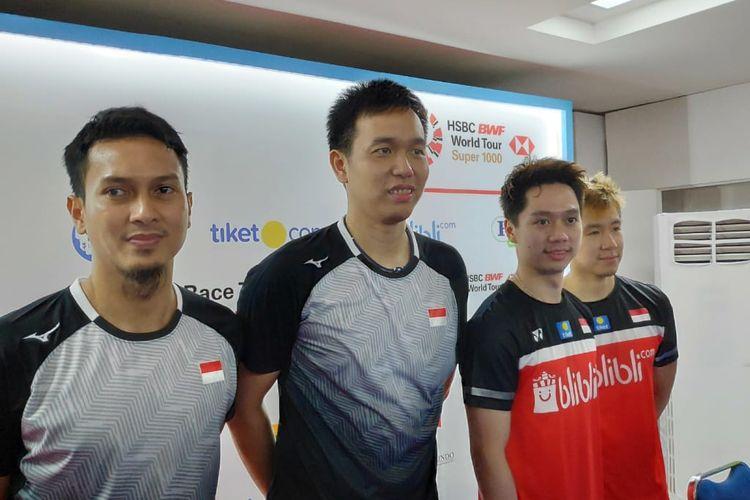 Pasangan ganda putra Indonesia, Mohammad Ahsan/Hendra Setiawan dan Marcus Fernaldi Gideon/Kevin Sanjaya Sukamuljo.