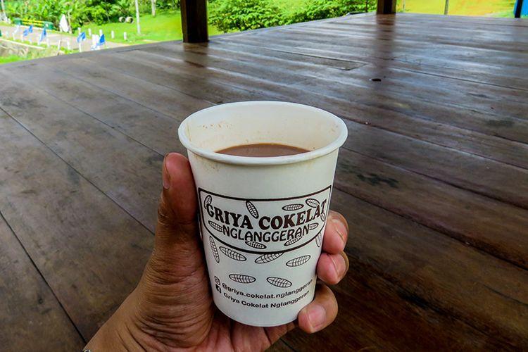 Satu Gelas Cokelat Panas di Griya Cokelat Nglanggeran, Gunungkidul.