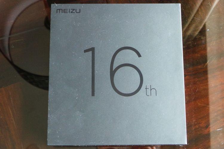 Tampilan luar kotak kemasan Meizu 16.
