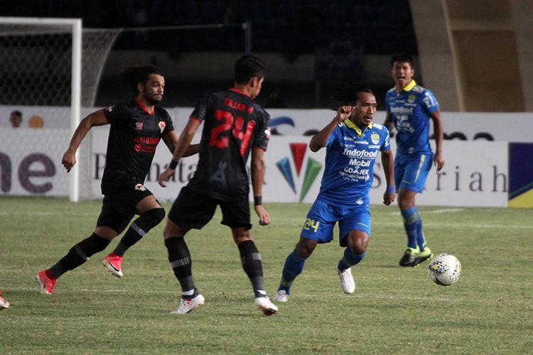 Pertandingan Persib vs Kalteng Putra pada putaran pertama Liga 1 2019.