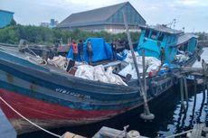 Polisi Sita Kapal Penyelundup Pakaian Bekas, Pelaku Melarikan Diri