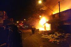800 Kios di Pasar Ngunut Tulungagung Terbakar