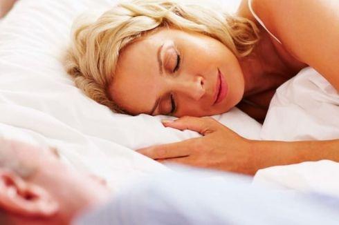 Tidur Bareng Pasangan Bikin Istirahat di Malam Hari Lebih Nyenyak