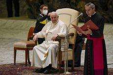 Ketika Seorang Anak Minta Topi Paus Fransiskus Secara Langsung di Panggung Audiensi Umum