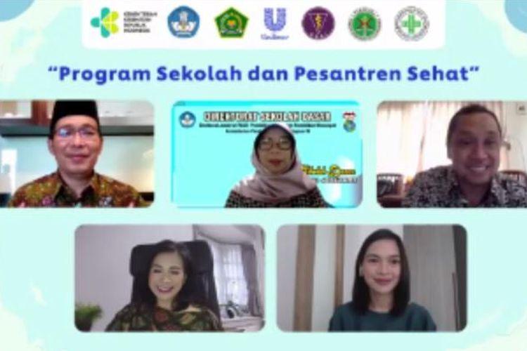 Webinar Program Sekolah dan Pesantren Sehat yang diselenggarakan oleh Unilever Indonesia Foundation.