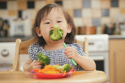 8 Nutrisi Penting untuk Meningkatkan Daya Tahan Tubuh Anak