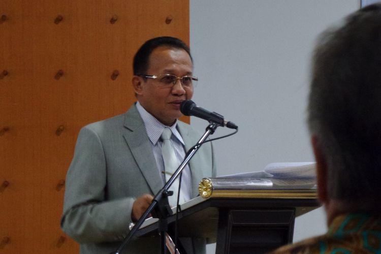 Sekretaris Mahkamah Agung Achmad Setyo Pudjoharsoyo saat menjadi pembicara dalam diskusi publik bertajuk Mendukung Pengadilan yang Transparan dan Akuntabel di Universitas Padjajaran, Bandung, Rabu (25/10/2017).