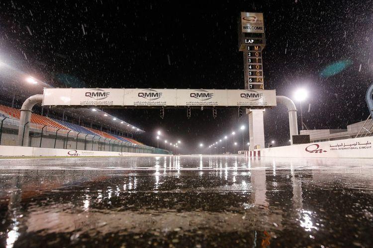 MotoGP Qatar pernah dibatalkan karena hujan deras