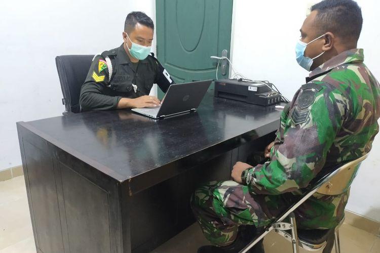 Oknum prajurit TNI AD tengah menjalani pemeriksaan karena diduga melakukan penganiayaan terhadap siswa SD di Rote Ndao, NTT.