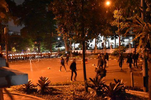 Kerusuhan di Bandung Bukan Buruh dan Mahasiswa, 10 Orang Ditangkap