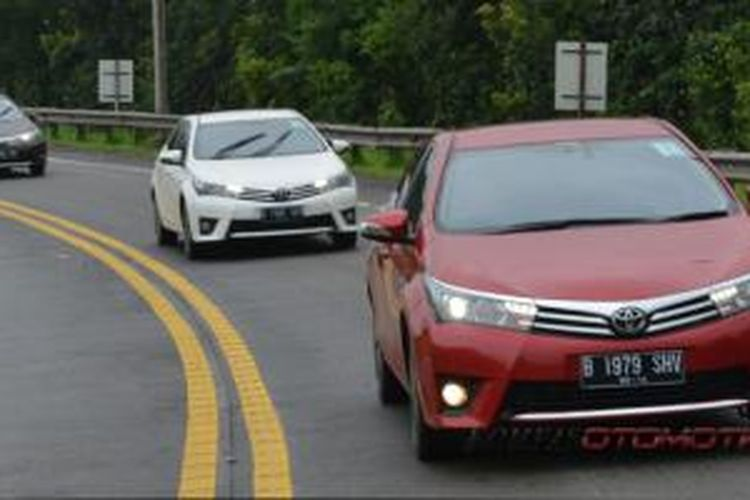 Tes All-New Corolla Altis dari Jakarta -Bandung- Jakarta lewat jalan tol Cipularang