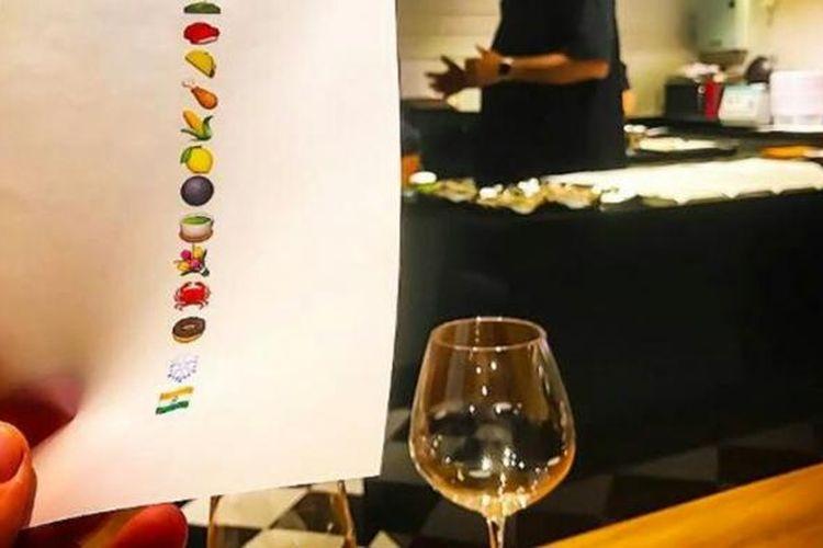 Baggan, salah satu restoran di Bangkok yang menggunakan emoji untuk menu hidangannya.