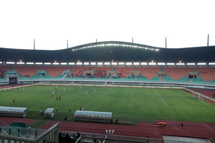 Pertandingan uji coba antara timnas U-23 Indonesia vs Iran yang berlangsung di Stadion Pakansari, Cibinong, Kabupaten Bogor, Sabtu (16/11/2019).