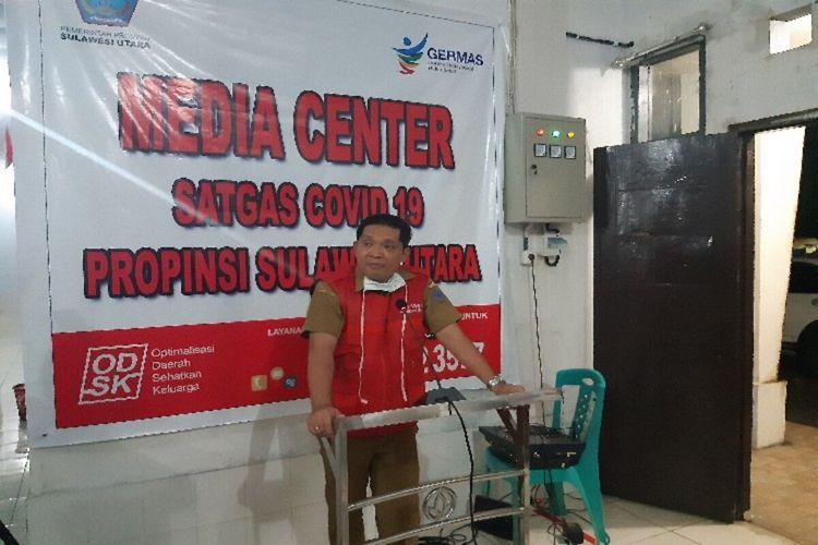 Jubir Satgas Covid-19 Sulut dr Steven Dandel saat memberikan penjelasan di Kantor Dinkes Sulut, Selasa (24/3/2020) pukul 18.36 WITA