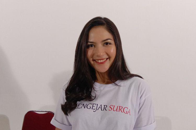 Jessica Mila menghadiri syukuran film Mengejar Surga di Dreamland Studio, Cilandak Timur, Jakarta Selatan, Rabu (24/4/2019).