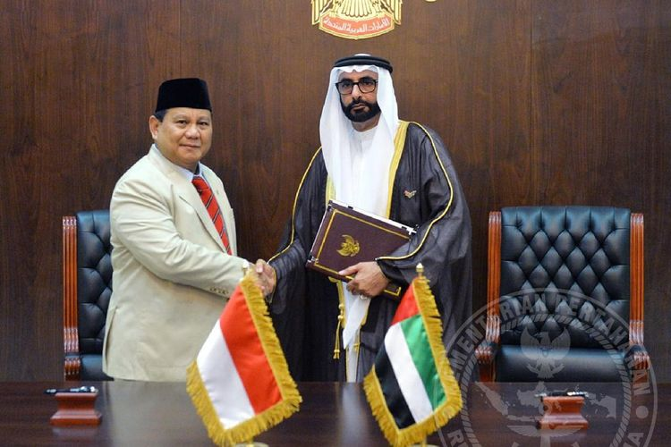 Menhan Prabowo Subianto saat melakukan kunjungan kerja ke Kementerian Pertahanan Uni Emirat Arab (UEA) di Abu Dhabi, Senin (24/2/2020).