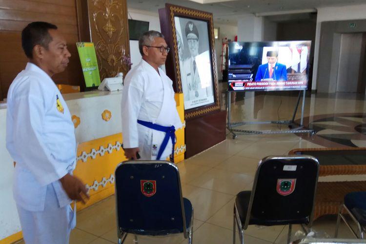 Persiapan nonton bareng pidato Presiden Jokowi terkait pengumuman pemilihan lokasi Ibu Kota baru, di Kantor Gubernur Kalsel, (Jumat) 16/8/2019).