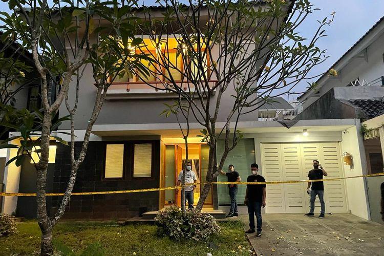 Rumah mewah di Karawaci, Tangerang, Banten menjadi yang dijadikan pabrik sabu oleh BF dan FS, dua WNA berkebangsaan Iran.